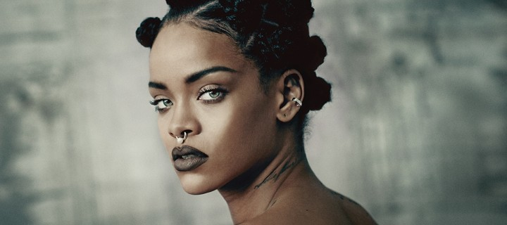 rihanna-rocks-the-cover-of-i-ds-music-issue-body-image-1422796786